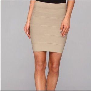 BCBGMAXAZRIA KHAKI Simone xs pencil fitted skirt